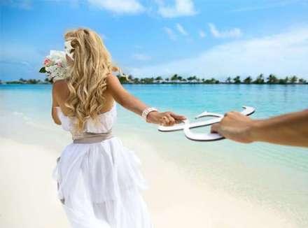 Символическая свадебная церемония на Кипре